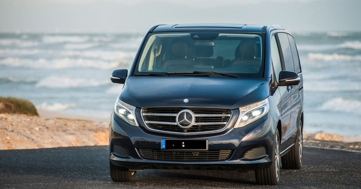 Rent a car of a exclusive class. Mercedes-Benz-V class